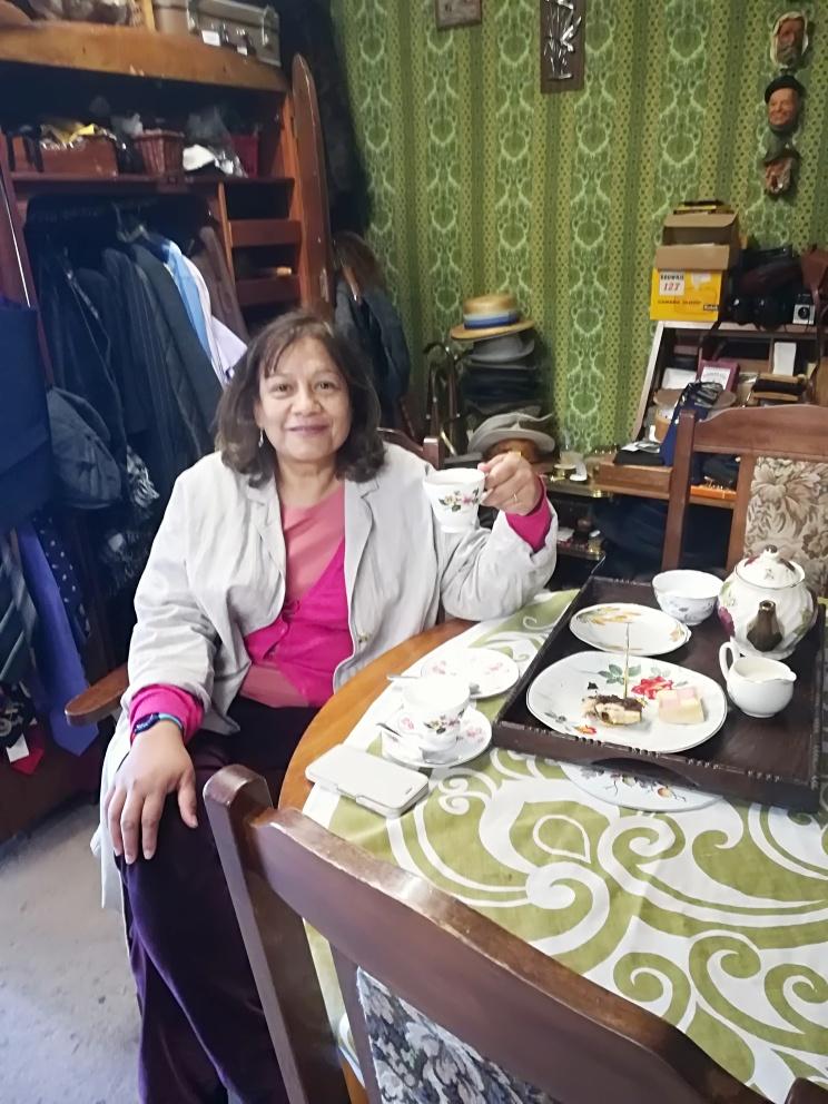 MP Valerie Vaz pops in for tea!